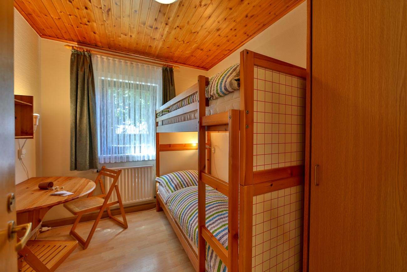 Kaminhaus-37-Zimmer-Stockbett